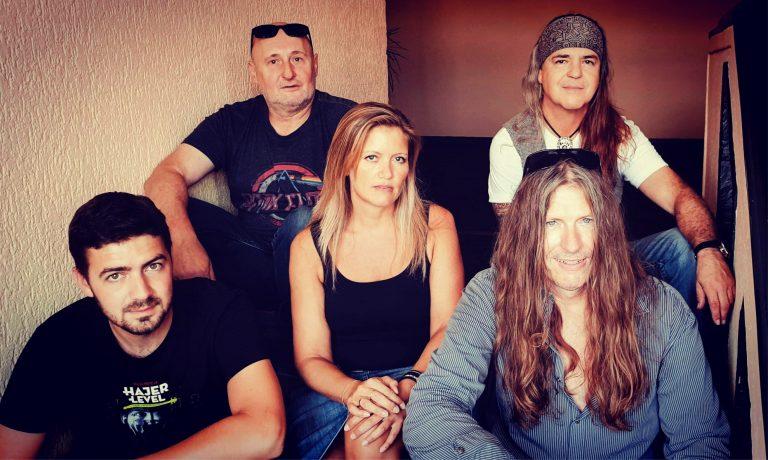 Gruppenfoto der Band Bree Johnson Group